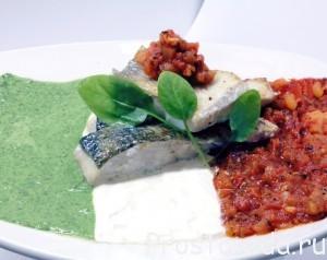Рыба с мускатным орехом на итальянском флаге