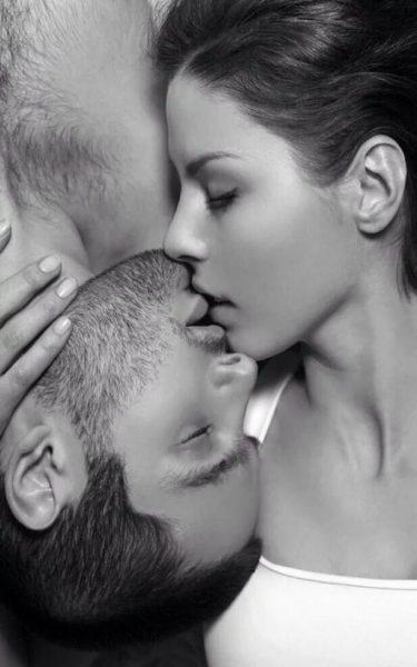 """Ученые: """"Запах - вот, что самое важное в любви"""""""