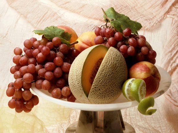 """Диетолог: """"В большом количестве фрукты вредны, да еще кандиду питают"""""""