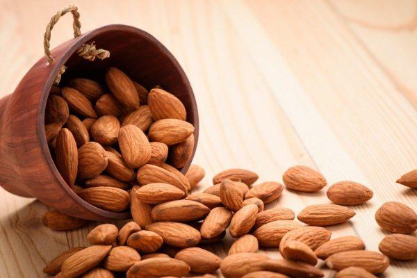 Поедание абрикосовых косточек может привести к летальному исходу