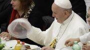Что подают на стол Папе Римскому и кто ему готовит