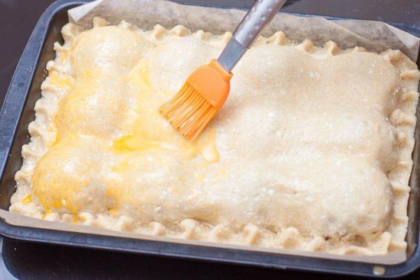 Смазывание пирога