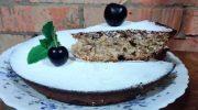 Быстрый, незатейливый, вкусный — советский пирог «Чайный» из фильма «Самая обаятельная и привлекательная»