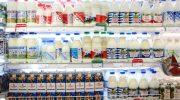 Бывший рабочий молокозавода рассказал, откуда на полках столько молочки, когда производство молока падает