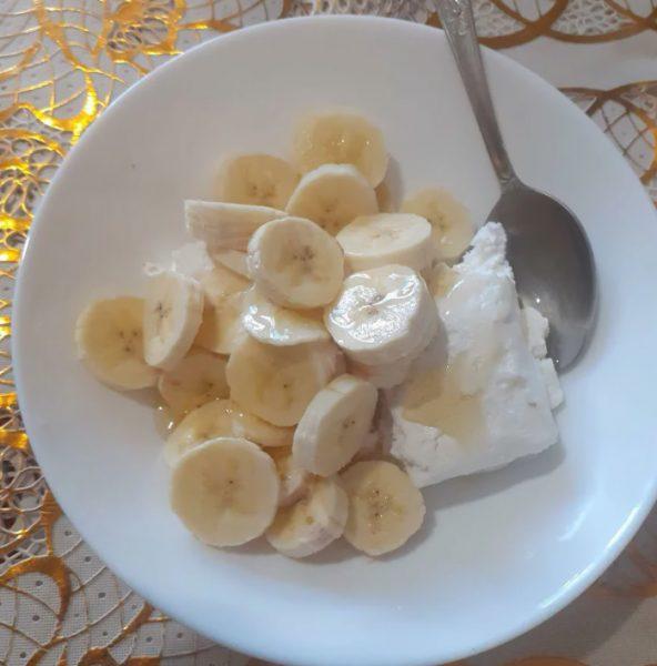 Творог с бананами