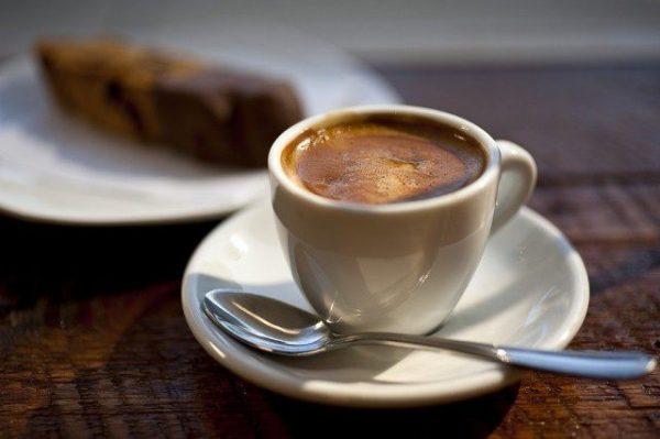 Кофе натощак вредно