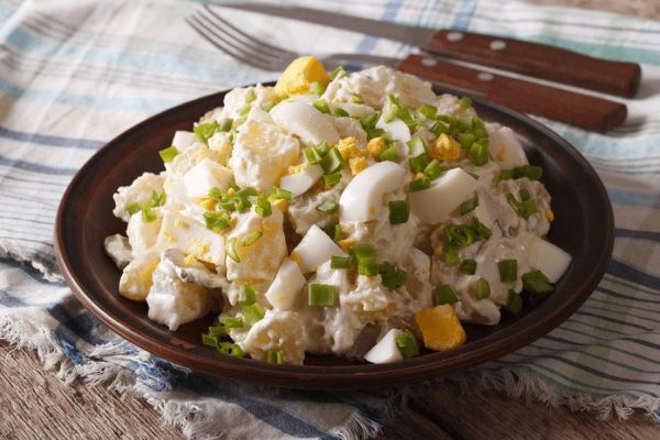 Самый популярный в США Картофельный салат, который все заведения обязаны готовить строго по запатентованному рецепту