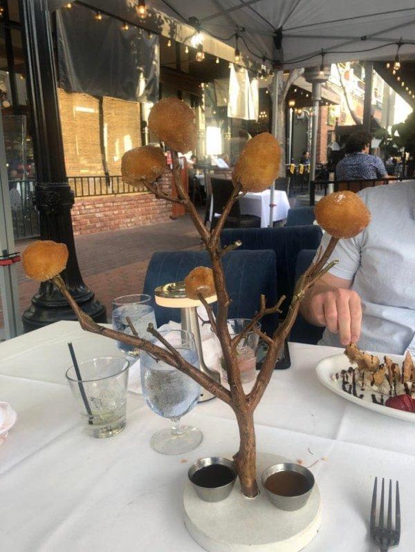 """Новые """"шедевры"""" ресторанной подачи блюд - слабонервным не смотреть"""