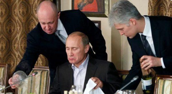 Владимир Путин за едой. Фото