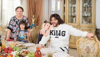 Любимые блюда короля российской эстрады Филиппа Киркорова и умеет ли он сам готовить