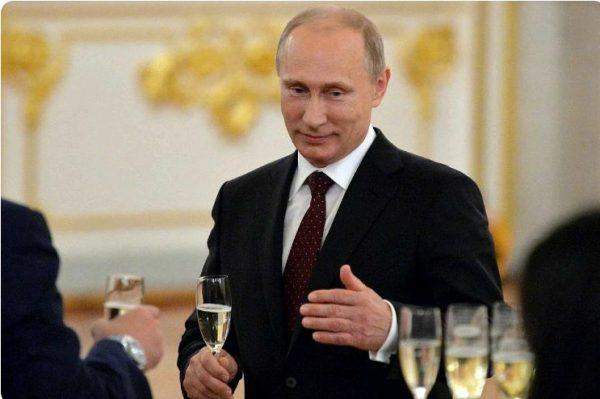 Владимир Путин предпочитает вина. Фото
