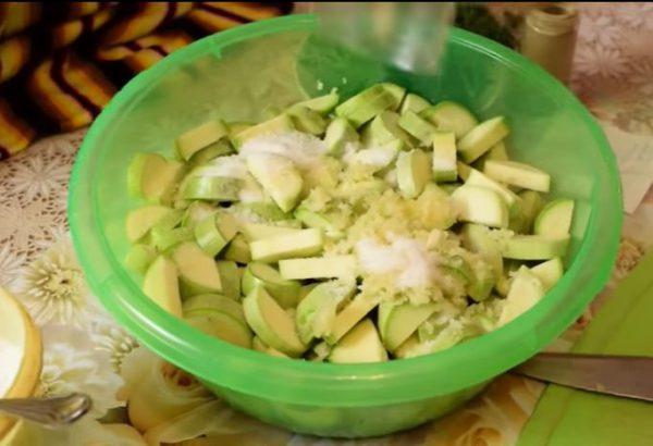 Лучшая заготовка из кабачков - вкуснее маринованных грибочков