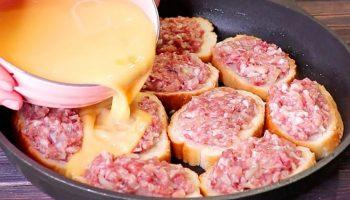 Берем батон, фарш и делаем настоящий мясной пирог – вкусный, сочный и ароматный