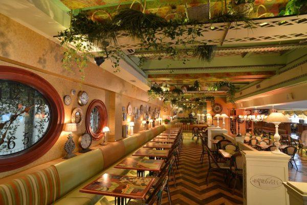 """Второй зал ресторана """"Иерусалим"""""""