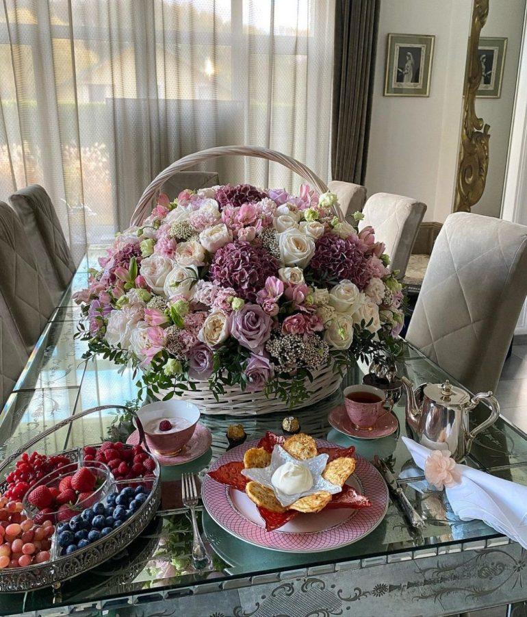 Завтраки Яны Рудковской стоимостью в среднюю зарплату: что ест по утрам скандальная знаменитость