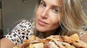 """Рецепт домашнего хвороста от Юлии Ковальчук: """"Вкус детства, делаем ведрами"""""""