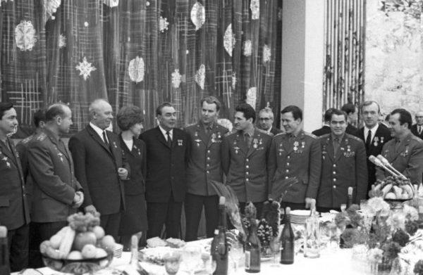 Новогодний кремлевский прием для космонавтов. Фото aif.ru